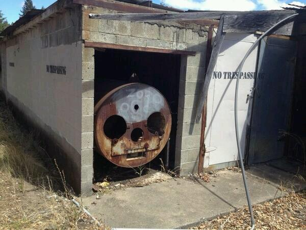 "*puffs on a cigarette* ""Thomas? I haven't heard that name in years""  https://t.co/jBe9KrxyDf"