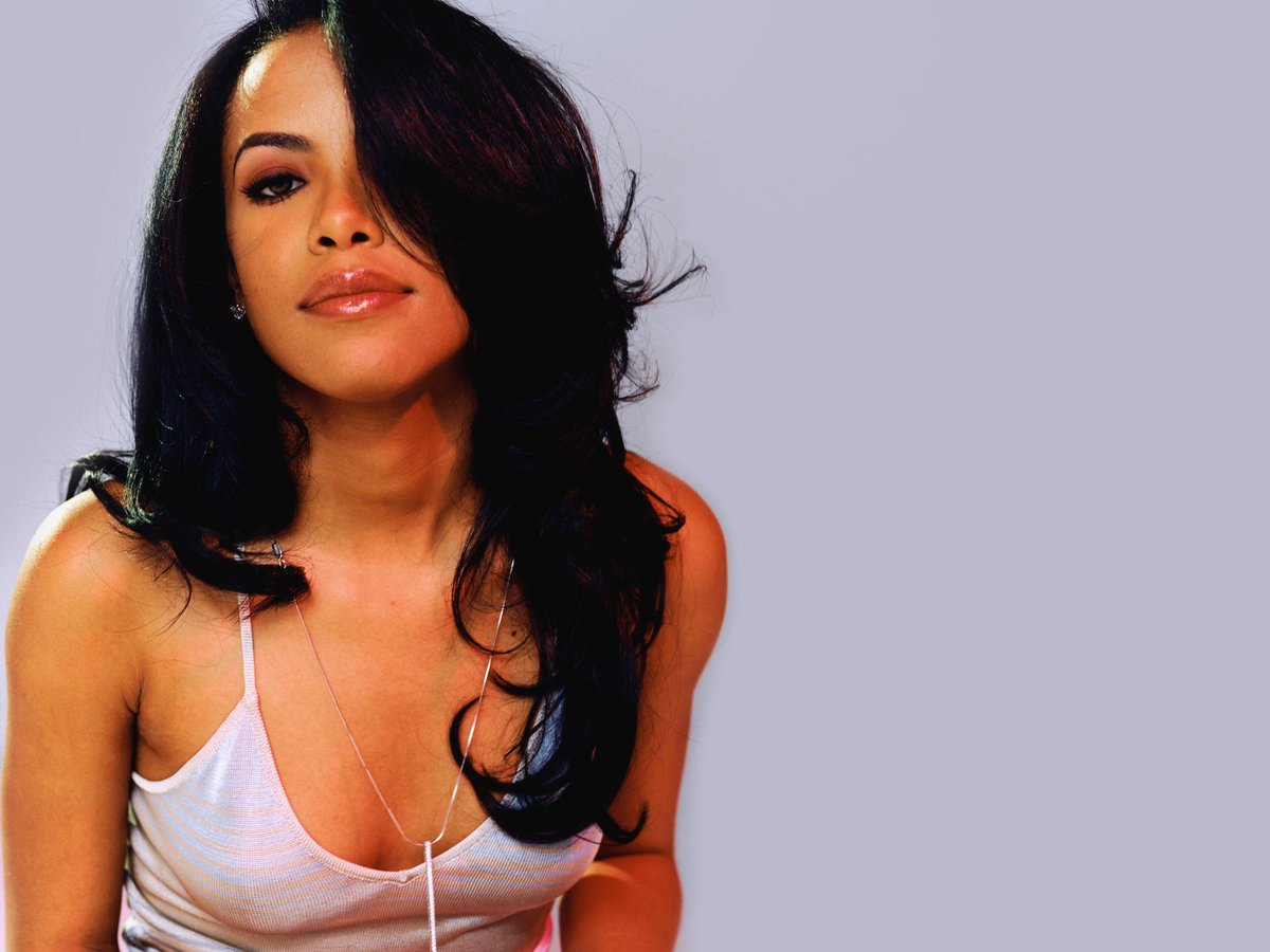 Aaliyah would've turned 37 today. Here's how she left a permanent mark on R&B: https://t.co/bC7X9TicxU https://t.co/i5fY6SSkGc