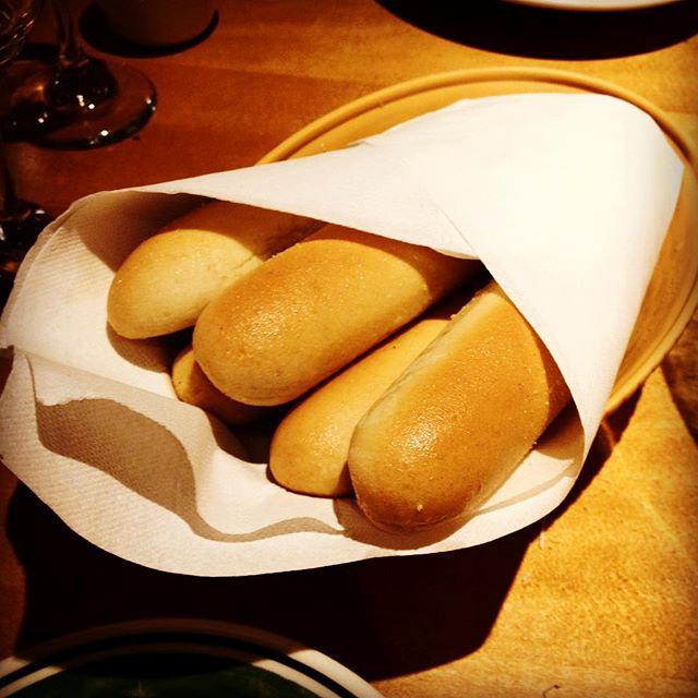 Olive Garden On Twitter These Are Breadsticks Otherwise Known As Magical Hunger Slaying
