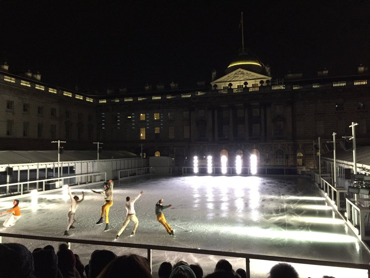 Fantastic show by @lepatinlibre @SomersetHouse tonight - thank you so much! https://t.co/RUCoDAbfI9 #iceskating https://t.co/uVwKp7cYTP
