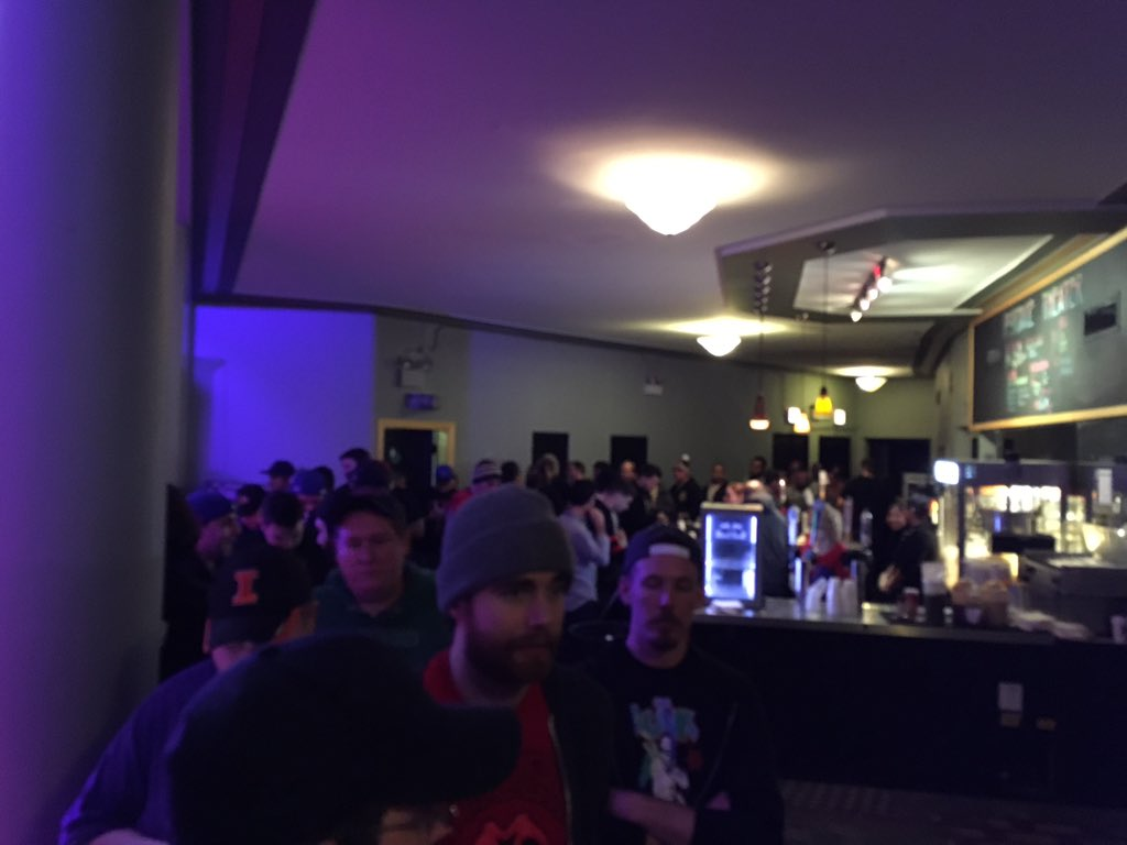 Amazing how many fans go to bathroom during an Eva Marie match #nxtchicago https://t.co/KM8mVYdihm