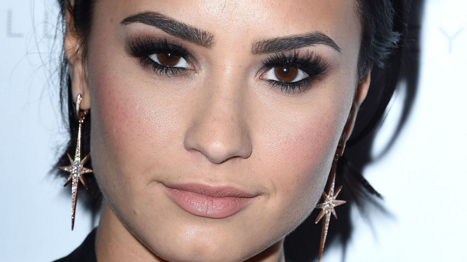 .@ddlovato has a new makeup line—and not one product costs a penny over $5: https://t.co/Pa5rYPJghY