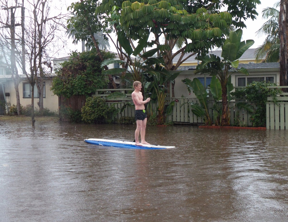 Some San Diegans can't help but take advantage of the current water conditions...  (p/c: Julia McMahon)  #KUSINews