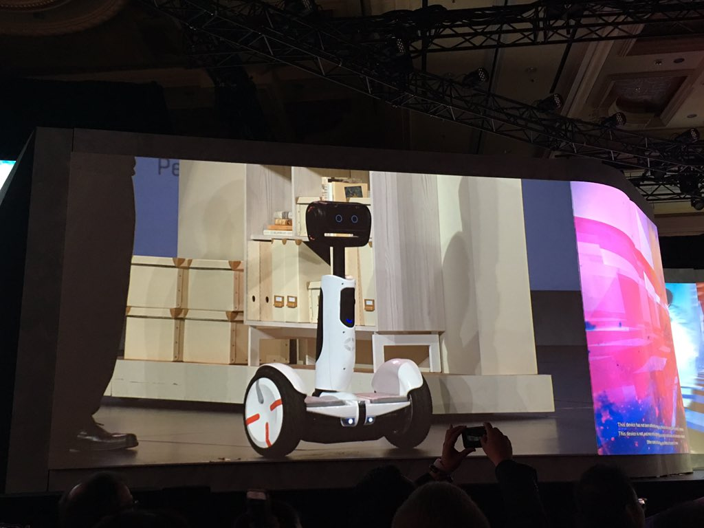 "Intel and Xiaomi company ""Ninebot"" have come up with a functional Segway with some utility. Doubles as a robot! https://t.co/4gEZWdQ1mQ"
