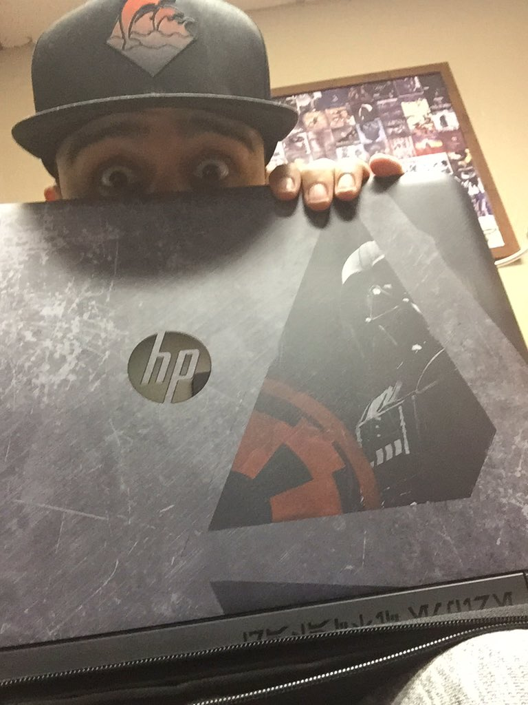 Thx HP 4 the laptop! Wanna win a free Star Wars laptop? Show ur creative side by tagging #AwakenTheForceSweepstakes https://t.co/VMokRXUagV