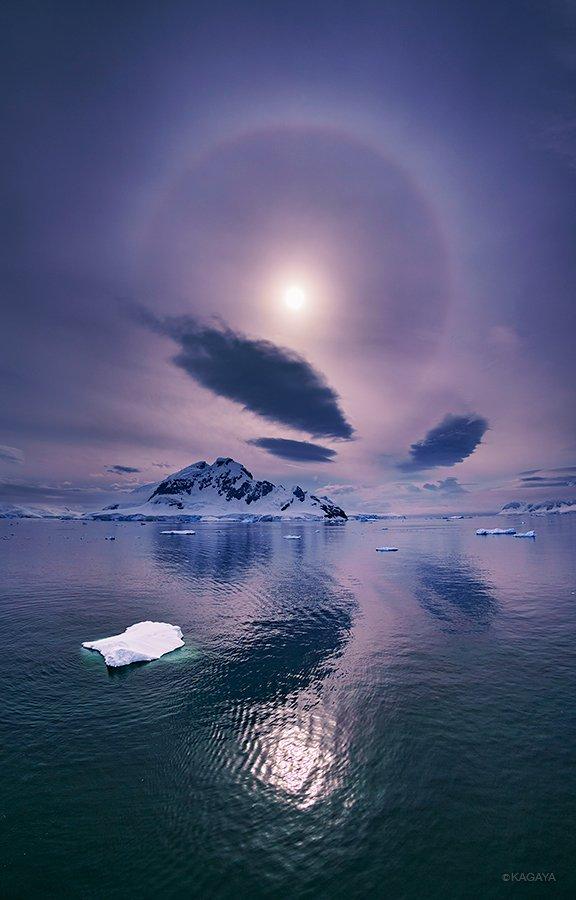 南極に現れた暈と翼を広げたような雲。目の前に繰り広げられる光景に、ただ夢中でシャッターを切りました。 pic.twitter.com/f5DIS0Pmnr