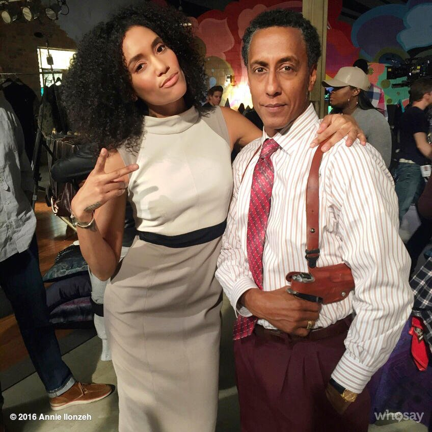 Trying to be cool with my buddy @andreroyo on set @EmpireFOX.  ✌