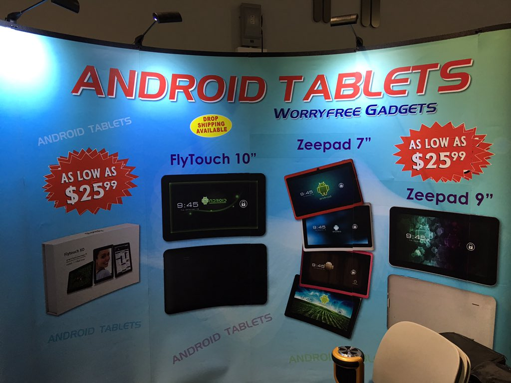 Android tablet price erosion at #CES. $25.99 this year, $59 two years ago (2nd picture). $15 next year?? https://t.co/UZ7JIqyLfv