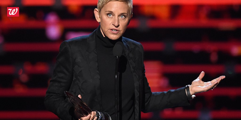 Congrats to #PCAs Fav Humanitarian Ellen DeGeneres! Help @StJude when you buy P&G: https://t.co/dBDo3hrfbh https://t.co/U9cpWr65iT