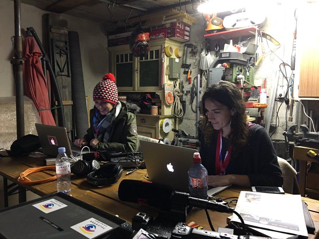 Wir sind in Godis Keller eingerichtet und schon voll am Arbeiten. Heute ab 18.15, erstes Ski Extra aus @adelboden16.