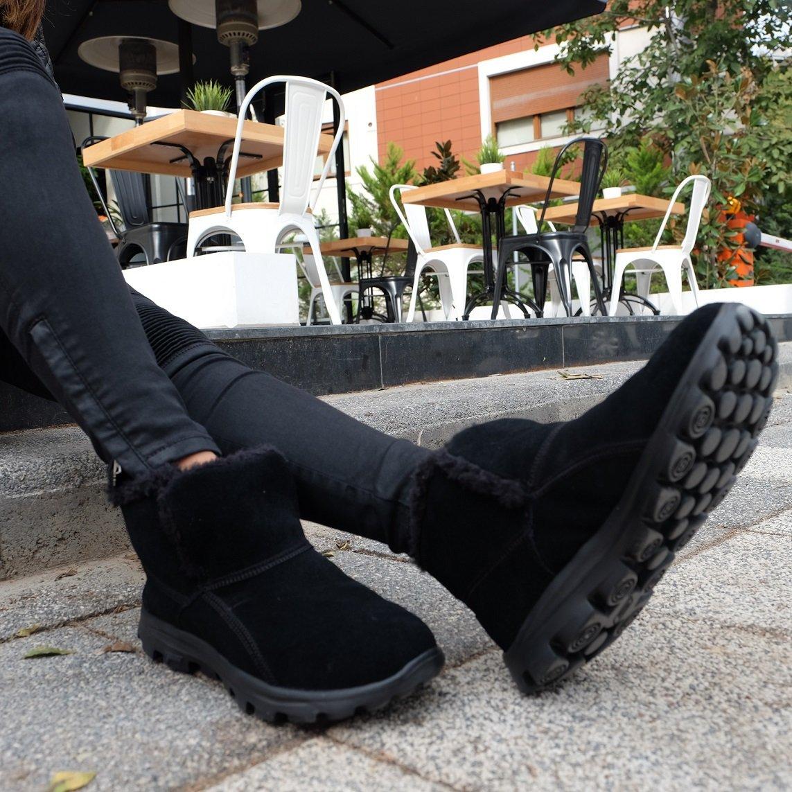 skechers chugga booties