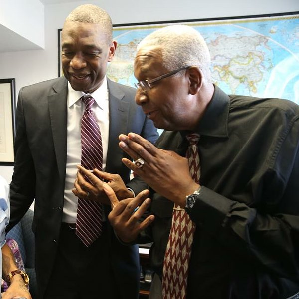 """Coach Thompson helped me become who I am today!"" - @officialmutombo @nbacares #MentorIRL at https://t.co/xEdquE1TVm https://t.co/ptBaAeekCL"