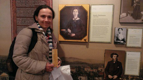 #Fulbright Visiting Scholar @UofMaryland visited the Emily Dickinson Museum in Massachusetts over the holidays. #TBT https://t.co/c17OlXjeeq