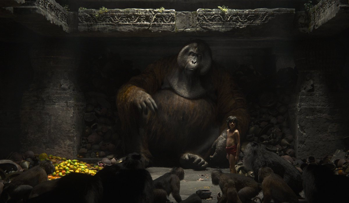 New mind-blowing stills from @Jon_Favreau #JungleBook -  @TheNeelSethi next to King Louie! https://t.co/8BnI0cjeWB https://t.co/gcNbydLUWC