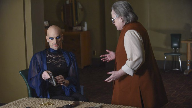 ICYMI: Our recap of last night's #AHSHotel episode, #BattleRoyale https://t.co/ZKyx0aisbC