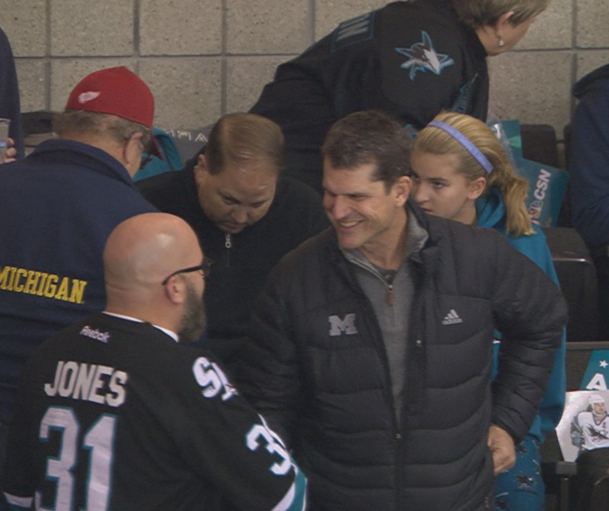 Look who's back in town. Hello Mr. Harbaugh! Attending tonight's Sharks game. Ya think he's here to ...nah!  #49ers https://t.co/VHPeHv2Jfc