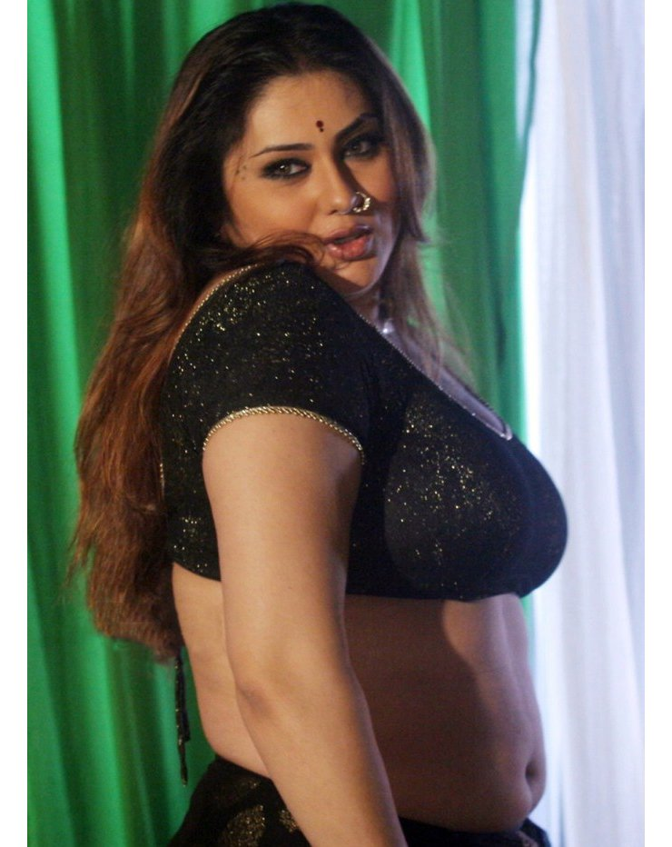 Sanchar Express On Twitter In Pics Actress Namitha Boobs Exposed