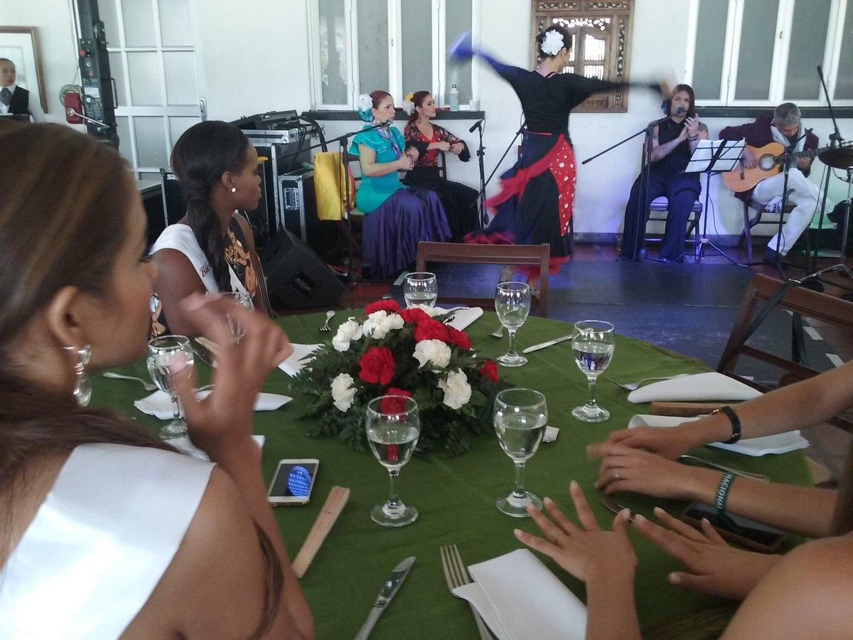 Reinado Internacional del Café 2016  --  09 DE ENERO - Página 24 CYOC4FsW8AEafJ8