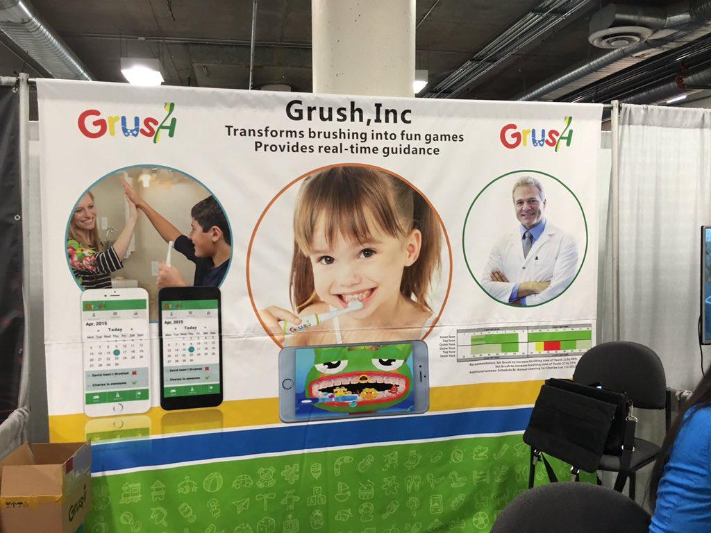 """""""Grush."""" Turning tooth brushing into...a...game..... https://t.co/KBJwmGS5Pj"""