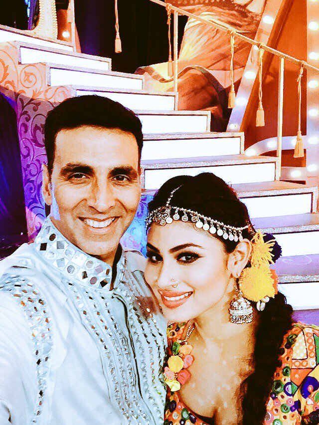 Mouni Roy is all set to work with Akshay Kumar 2