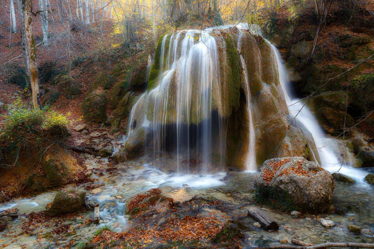 водопад в крыму серебряные струи фото уже много