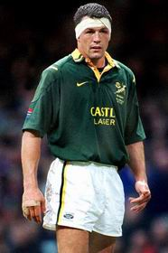 Happy Birthday to Springbok no: 681 André Vos, Test summary:Tests: 33      Tries: 5First Test: 12 Jun 1999 https://t.co/4mnNi3Bjrw
