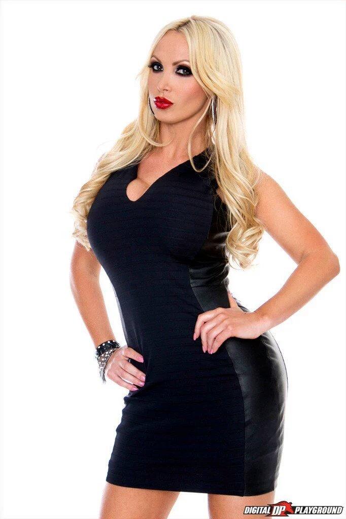 Nikki Benz 1