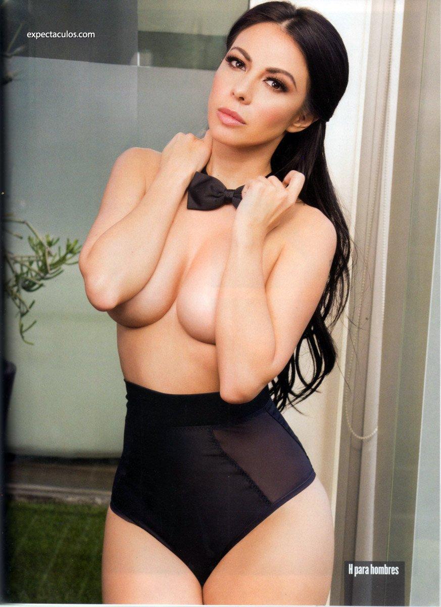 Tubo de sexo desnudo modelo porno