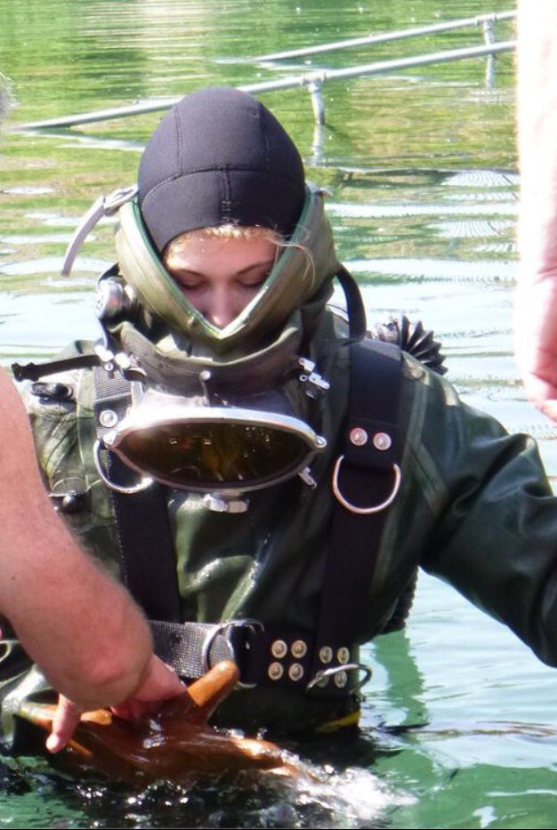 Latex Diver 2k On Twitter Quot Gear Up In Vintage Scuba