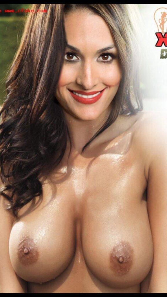 La foto de Nikki Bella desnuda es falsa sin censura