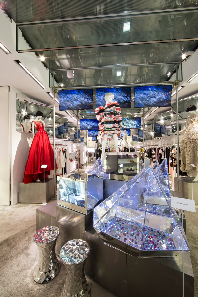 2f207e0e0bad  LVRTechdreamers inspired by  Swarovski at the  LuisaViaRoma concept store  in Florence.