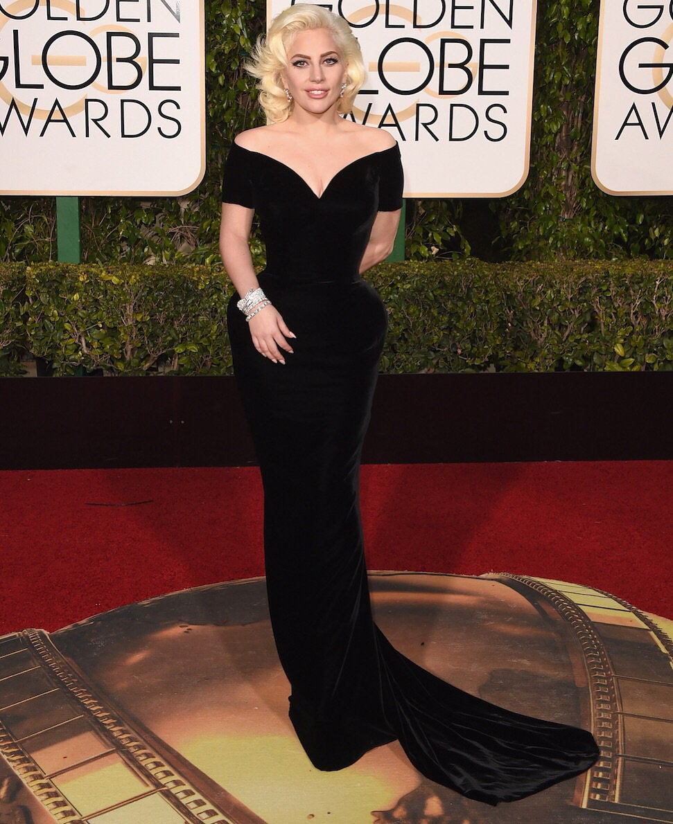 @ladygaga is truly glamorous in #AtelierVersace at the #GoldenGlobes