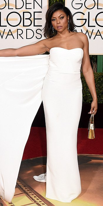 Taraji posed for every picture like this. Because Cookie. #GoldenGlobes https://t.co/aw5oqB10IY