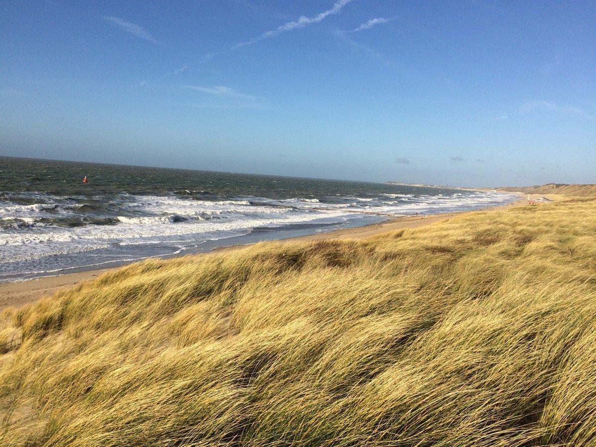 Deze foto hebt ik gemaakt van een stukje Zeeuwse kust, dat bouw je toch niet vol! beschermdekust.nl https://t.co/uXytT2U42V