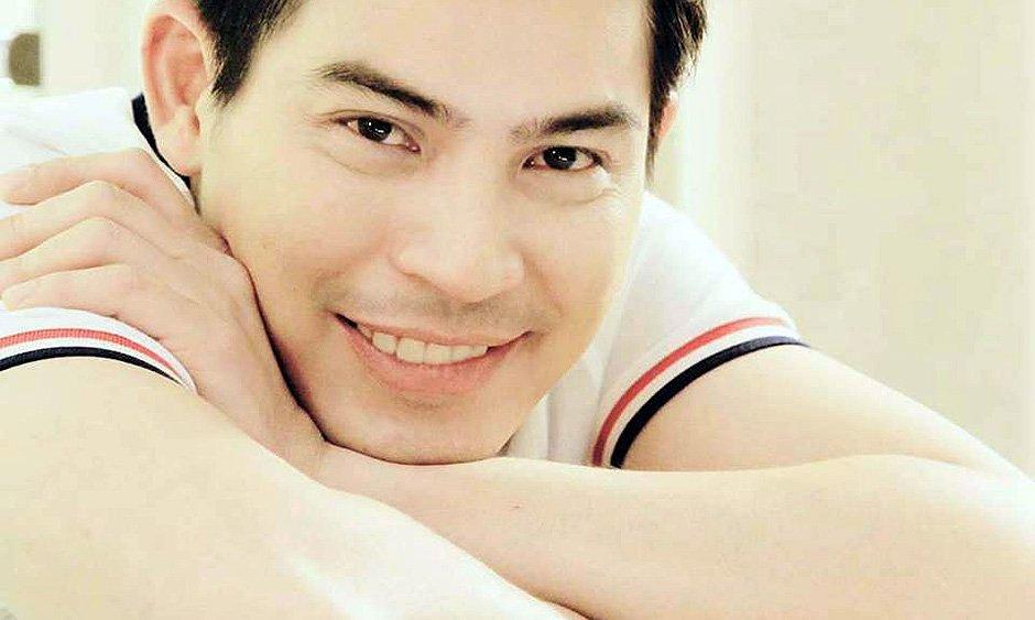 Popular Thai actor 'Por' Thrisadee, 37, dies of dengue fever https://t.co/jkclXW6bfI #Thailand #dengue https://t.co/IV6m08N4tT
