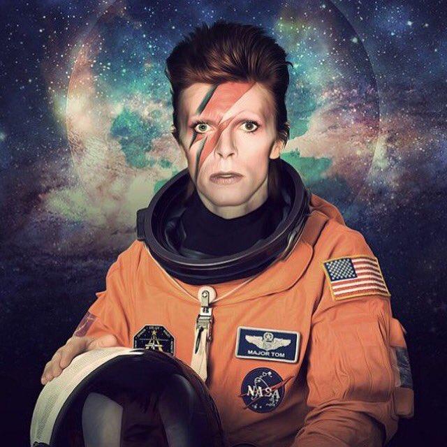 David Bowie non è morto, è tornato nello Spazio