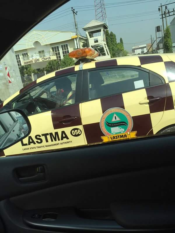 This is Lagos. This is LASTMA #Phone&Drive https://t.co/5QB7J2Iv1s