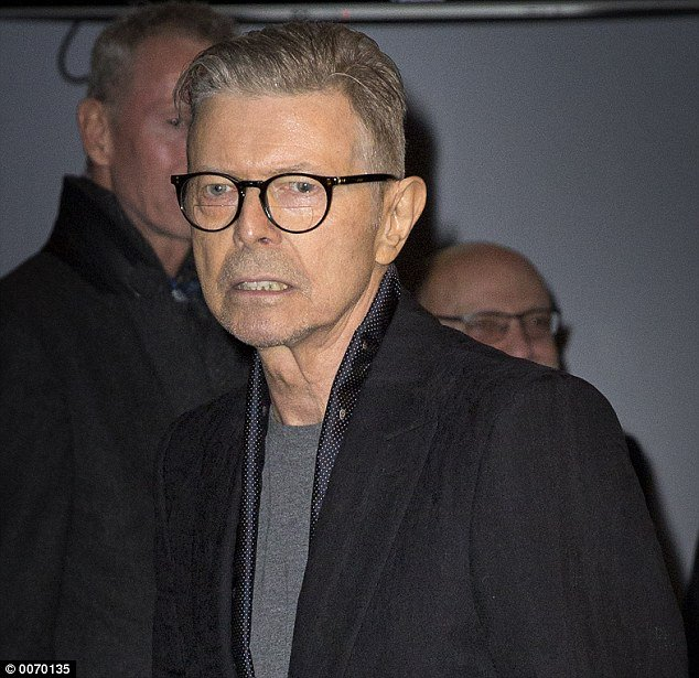 Last picture: Bowie attended the premiere of the musical Lazarus, based on his songs, in New York last month https://t.co/FGX3fgy8Sn