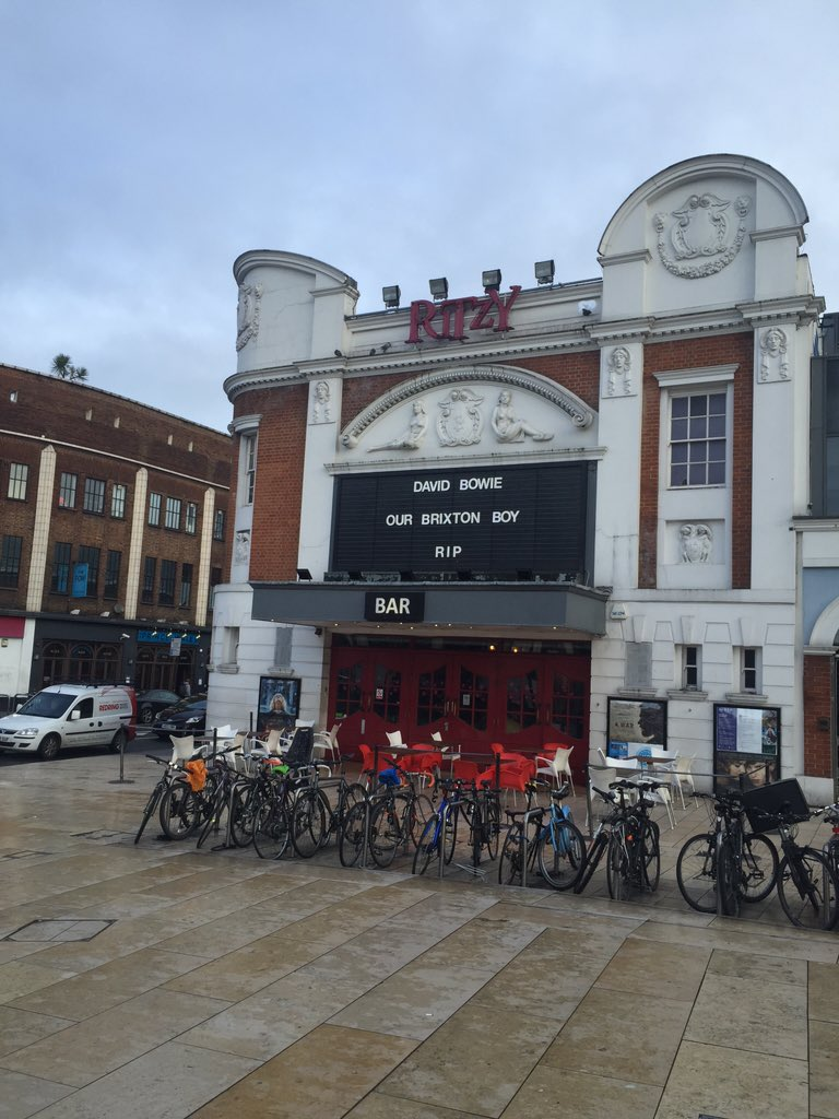 Nicely done @RitzyCinema #DavidBowie #Brixton https://t.co/Qv0G4xMn8S