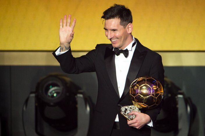 Congrats to @TeamMessi on his #5 #BallondOr the genius showing #5 some love!! https://t.co/IxWYL5AqcL