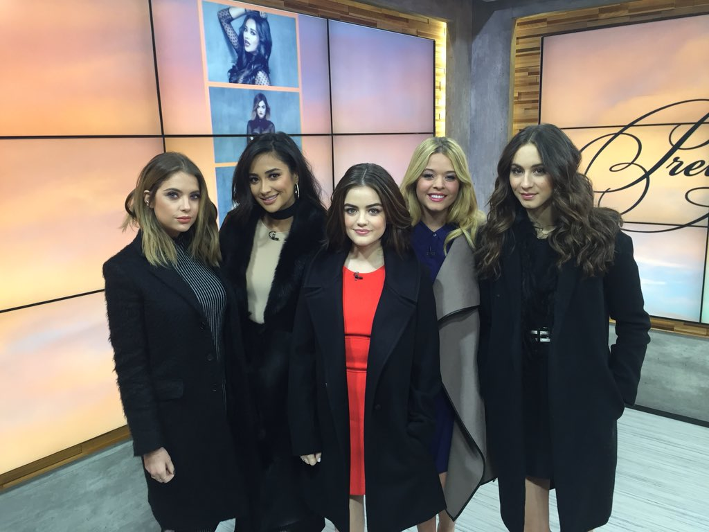 .@PLLTVSeries coming up on @GMA to chat about #5YearsForward airing 1/12 on @FreeformTV - the new @ABCFamily #PLL https://t.co/K1DbFG6DdC