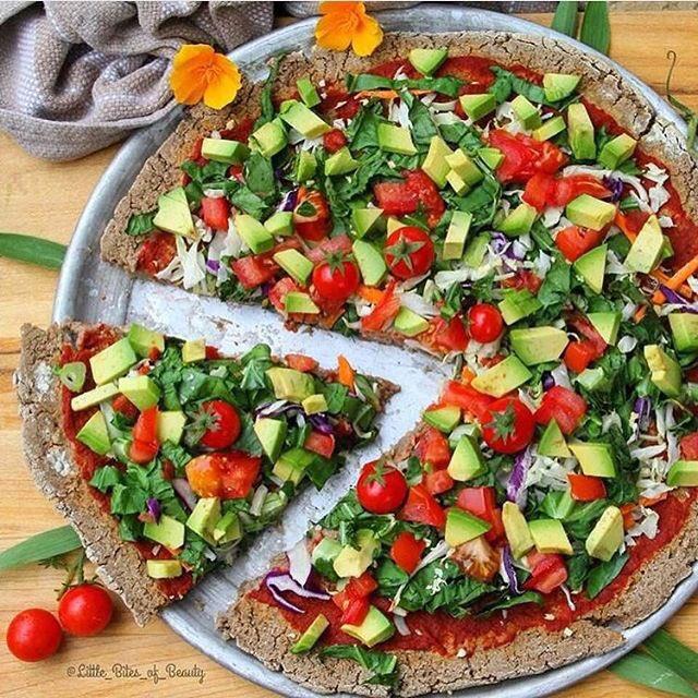 Pizza de vegetales 😍 https://t.co/HIRTeNTeB2