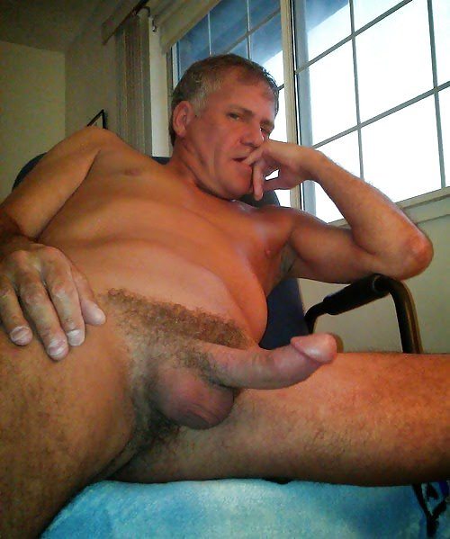 Hairy bear big cock daddy