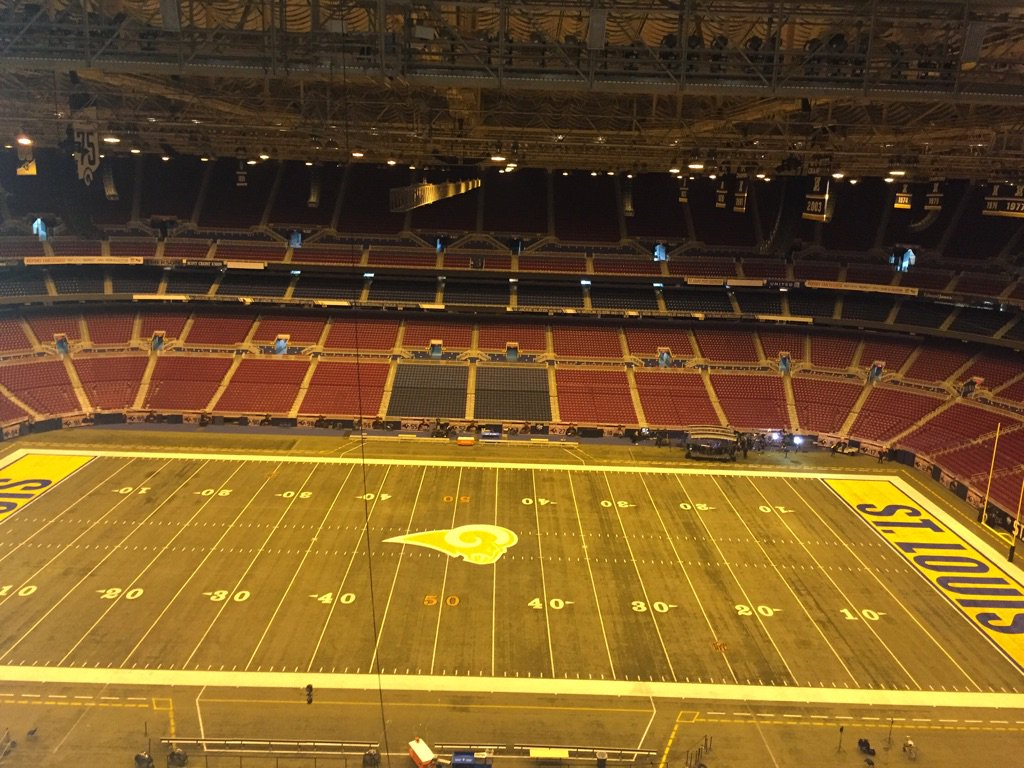 Thank you @STLouisRams fans for all the memories & love #1999 #STL #GSOT https://t.co/QlJMFApCD1