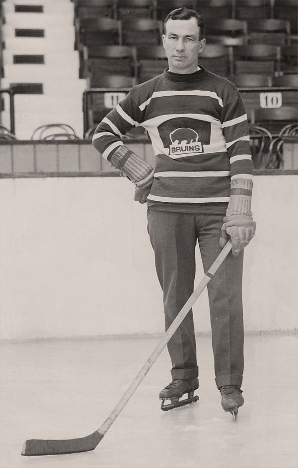 Born this day 1886: #Bruins first coach & NHL pioneer Art Ross. Patented modern puck; redesigned early goal net