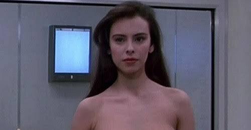 M├╝ssen sich killer bikini vampire needs shave