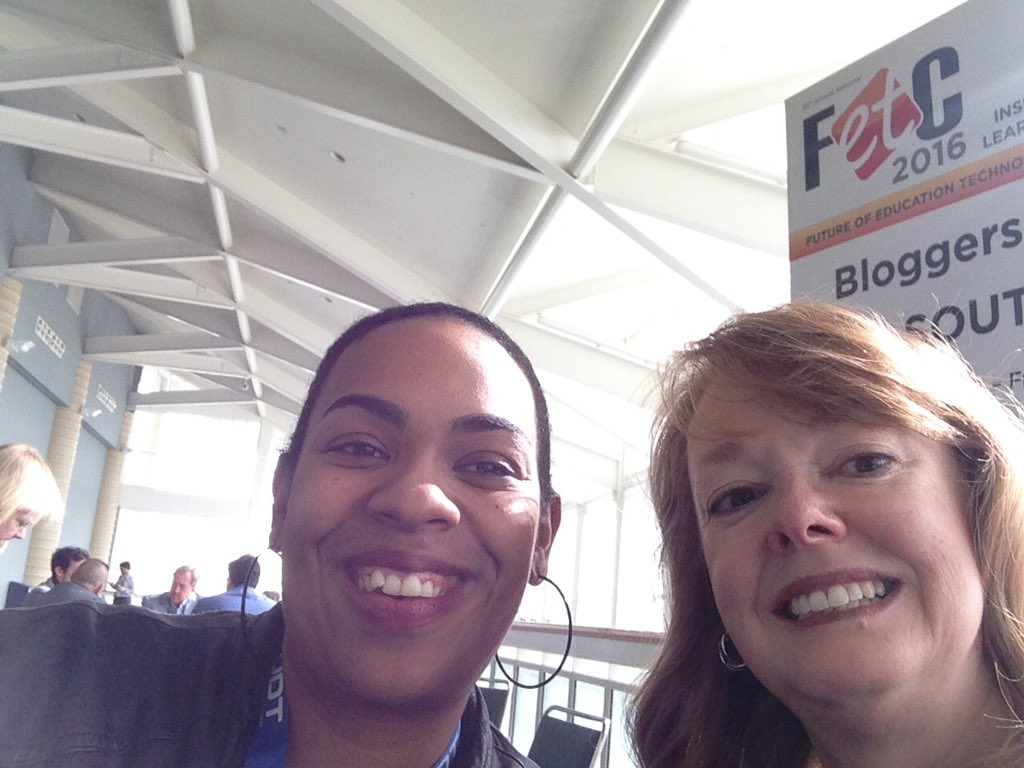 @chrisrogers07 @TyrnaD Look who I get to spend some time with at #fetc ! @sarahdateechur https://t.co/WHmjUZqpcx