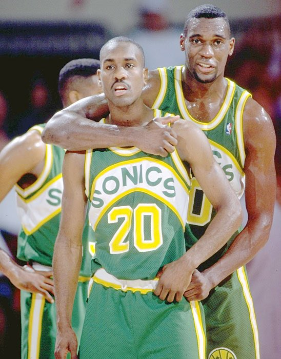 If you're a fan of the Seattle SuperSonics and believe Seattle should have an @NBA team, RT and Follow to support us https://t.co/R24p2xXzUl