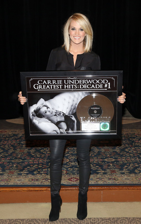 .@CarrieUnderwood's Greatest Hits: Decade #1 is Certified Platinum! https://t.co/OOVoPRVC81  #CUXI https://t.co/lVxKcLs8p9