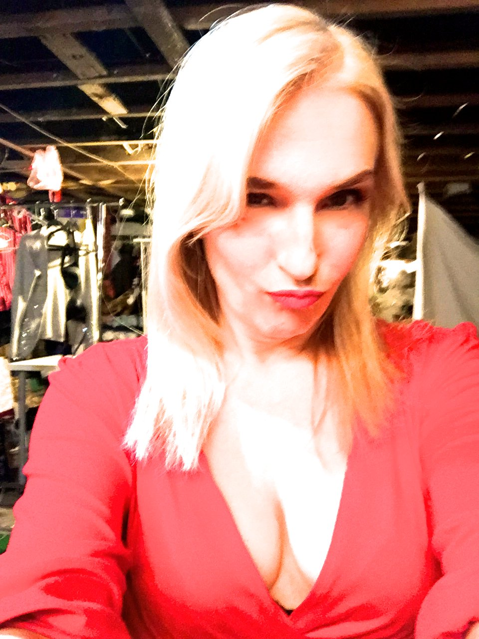 Cleavage Anne-Marie nude (27 photos), Tits, Fappening, Selfie, braless 2019